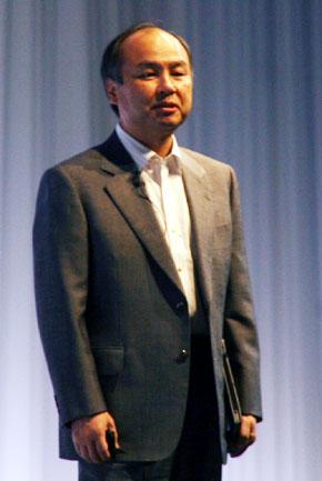 SoftBank 孫社長「iPhone、iPad、スマートフォン、どれも持っていないという人は、今日から人生を悔い改めていただきたい」
