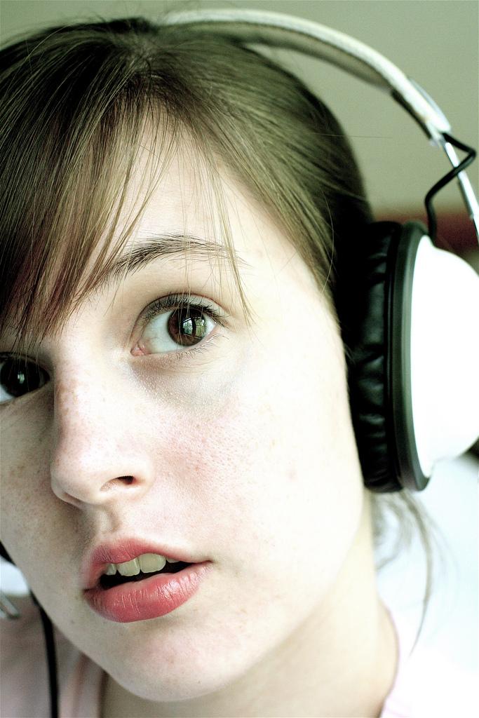 ひとつ上の音質へ!ONKYOのデジタルオーディオボード「SE-200PCI」を使ってみた!