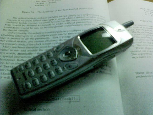 携帯電話で070が開始