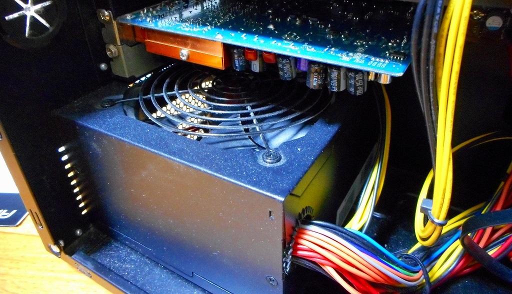 パソコンの不調は電源交換で解決する(かもしれない)