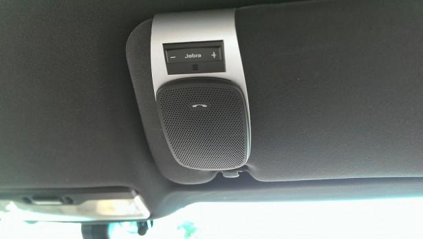 IMAG2544-615x348 Bluetoothの車載スピーカーホン 「JABRA DRIVE」を使ってみた
