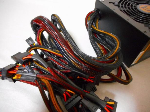 DSCN0142-615x353 パソコンの不調は電源交換で解決する(かもしれない)