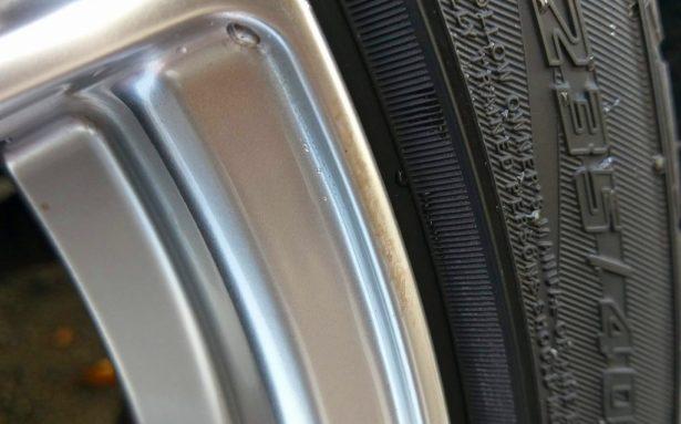 IMAG1057-615x344 スマートミストEX 付属のクリーナーがホイール掃除に役立った話